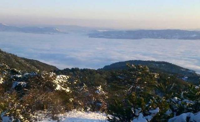 Pamukova ya kışın yükseklerden bir bakış