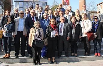 Fikri Sağlar Pamukova'da 'Martın Sonu Bahar' dedi.