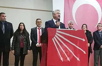 Pamukova'nin CHP İlçe Başkanı Fikret Uysal oldu.
