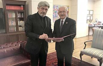 İstanbul Milletvekili Cihangir İslam CHP'ye katıldı.