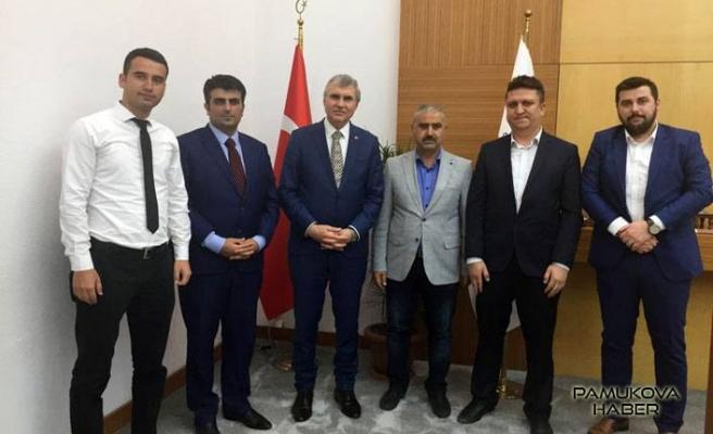 Ekrem Yüce'ye Akmercan çalışanlarından ziyaret