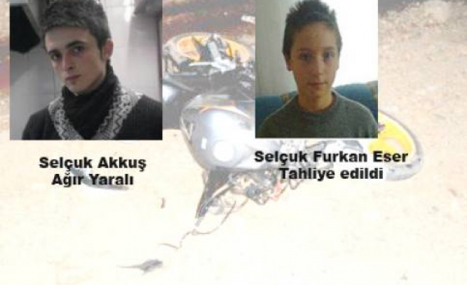 Motosiklet kazasında iki genç ağır yaralandı.