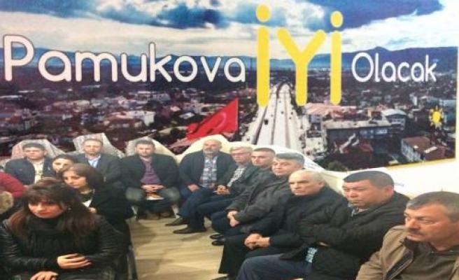 'Pamukova İYİ Parti olacak' dediler ve ilk toplantılarını yaptılar