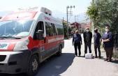 CHP Vatandaşlara yardım dağıtmaya devam ediyor.