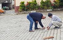 İsabalı Köyü Camisi Cuma namazı için hazırlandı.