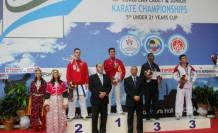 Pamukovalı Karateciler başarıdan başarıya koşuyor.