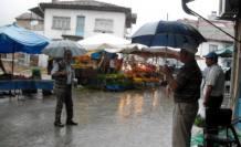 Yağmur yağdı vatandaş sevindi