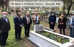 CHP İl Yönetimi Selçuk Gedikliyi Mezarı başında...