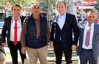 CHP Milletvekilleri Hüseyin Eryiğit'in peşinde.