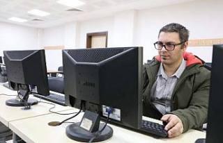 SUBÜ, Bilgisayar Laboratuvarlarını öğrencilere...