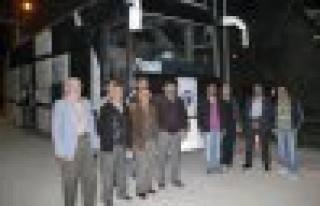 Anadolu Gençlik Derneği Çanakkale ye otobüs kaldırdı.