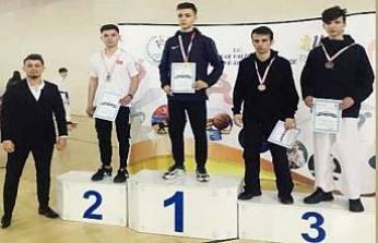 Pamukovalı Karatecilerimiz Türkiye Şampiyonasına katılmaya hak kazandılar.