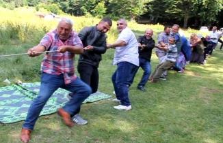 Muhacirler Eskiyayla'da eğlendiler.